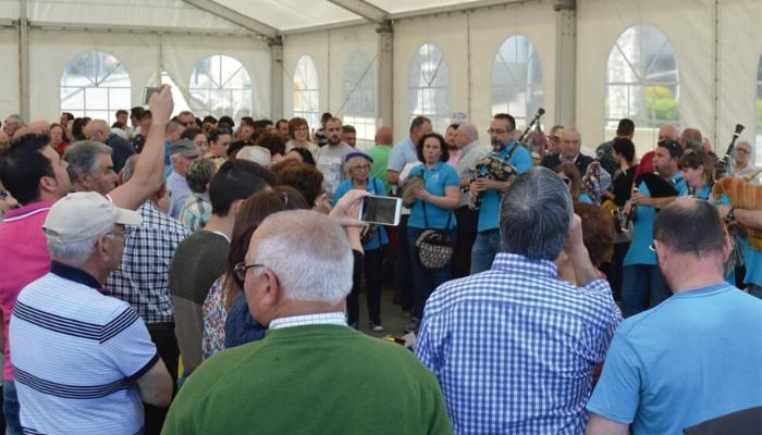 A II Festa Gastronómica da Enfariñada fusiona música, artesanía e gastronomía