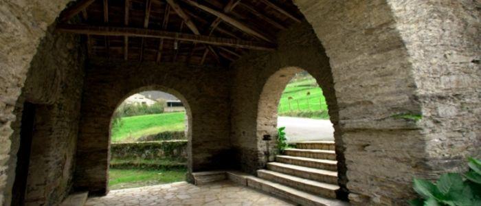 Patrimonio cultural y artesanía en Trabada