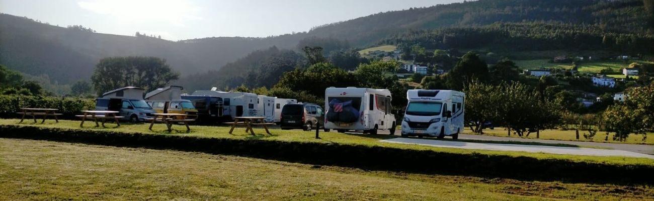 http://turismo.trabada.es/wp-content/uploads/2021/10/area-caravanas-trabada-1300x400.jpg